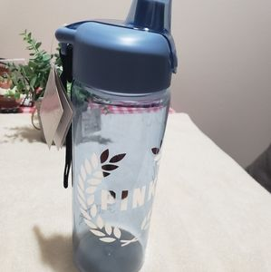 PINK VICTORIA SECRET WATER BOTTLE